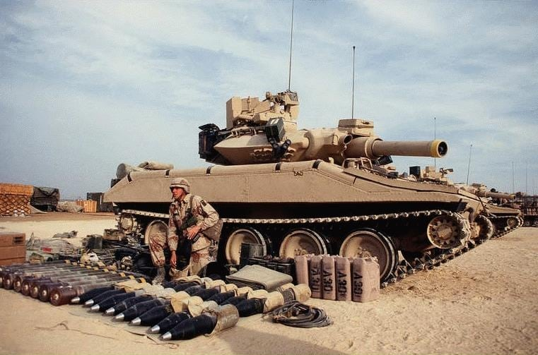 An M551A1 Sheridan light tank during Operation Desert Shield.